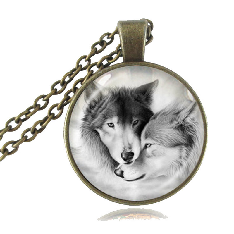 Love Wolf Necklace for Couples Lover Grey Natural Animal Jewelry Glass Cabochon Pendant Chain Neckless Valentine&39;s Day Gifts